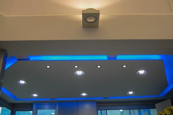 realizzazione di controsoffitti con gole luminose